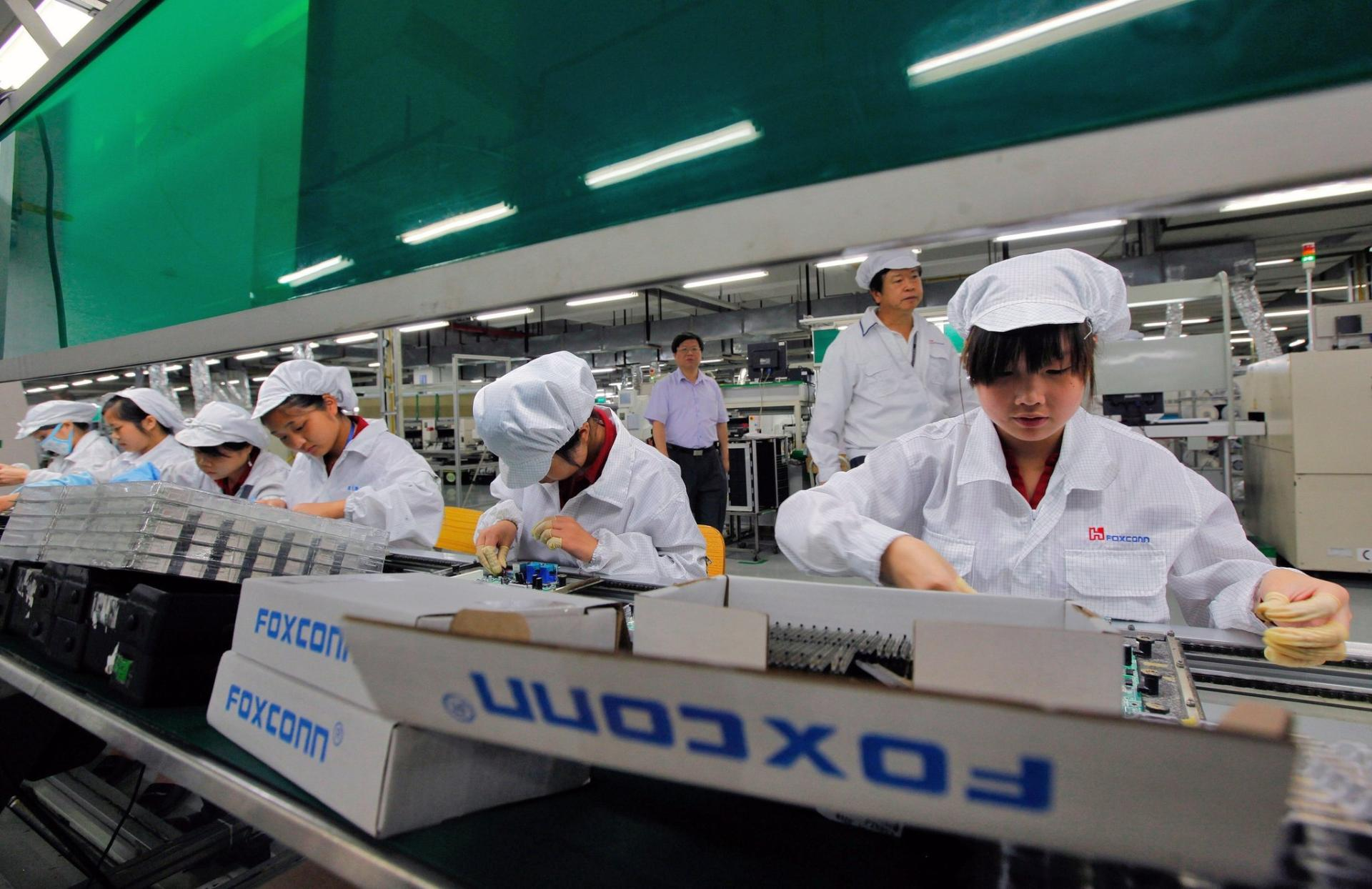 Foxconn reported the lowest quarterly profit in 20 years, but expects to return to stable growth already this quarter